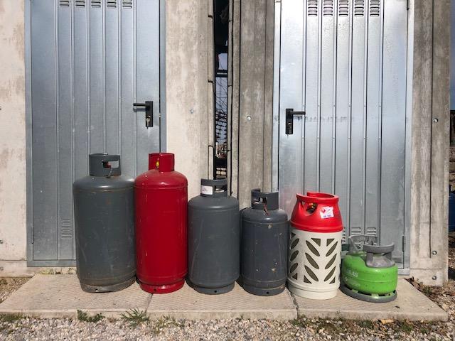 SERVIZIO BOMBOLE GAS/GPL